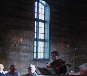 Mid concert-reading Tartini Photo Malene Skaerved 2 6 31